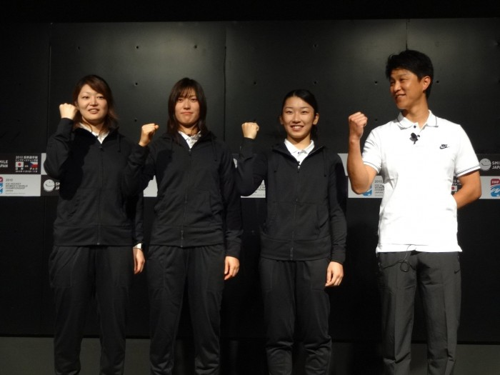 20141027神津伸子女子アイスホッケー1