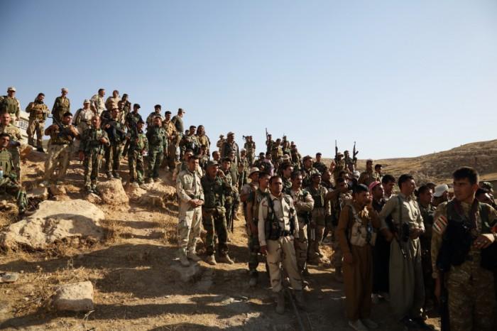 最前線でイスラム国と戦うペシュメルガの兵士達