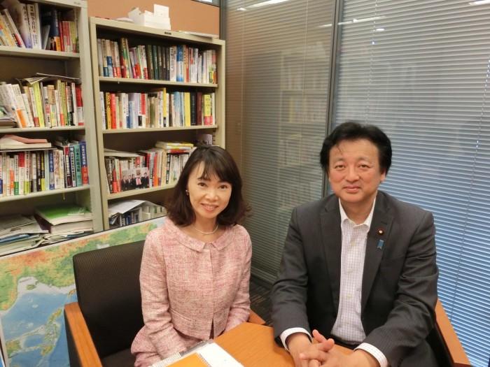 衆議院議員の渡辺周氏を招き、日本の安全保障法制の問題点について。