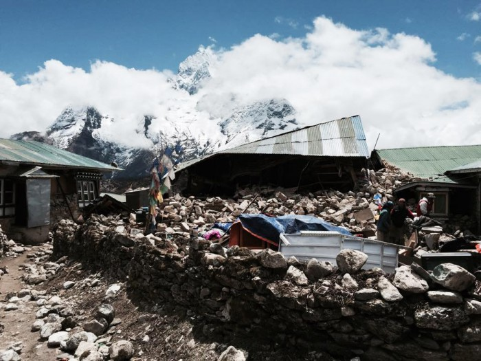 ネパール北東部、クンデ村。