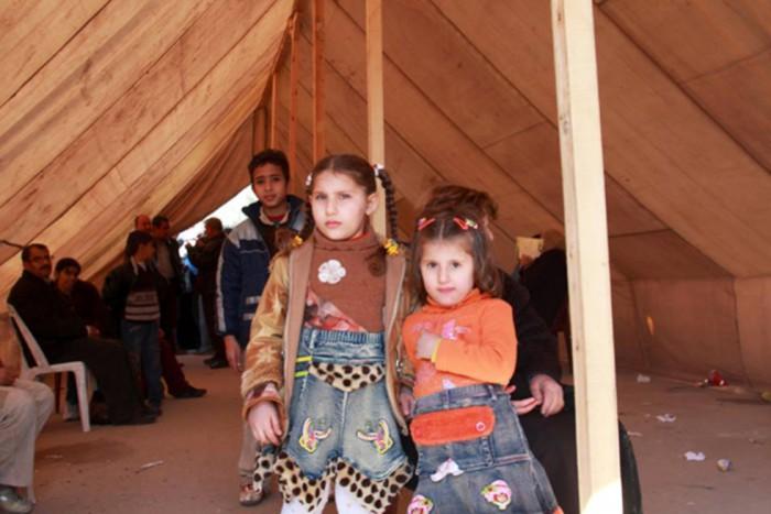 151003kubota06窮状を訴える難民 写真下:難民の子供たち
