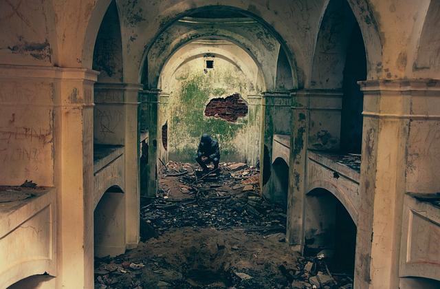 bombed-932108_640