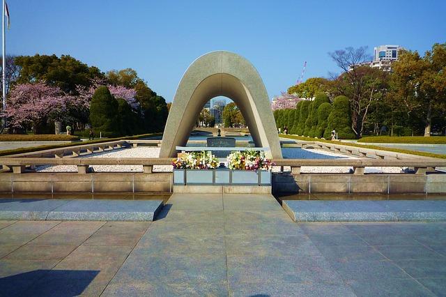 monument-887390_640