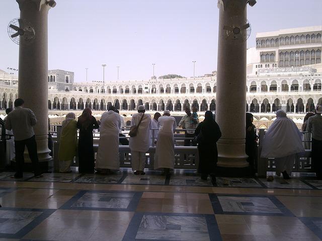 mosque-186620_640