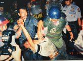 人権侵害事件の黒幕、入閣の怪 インドネシア・ジョコウィ大統領の胸中 その2
