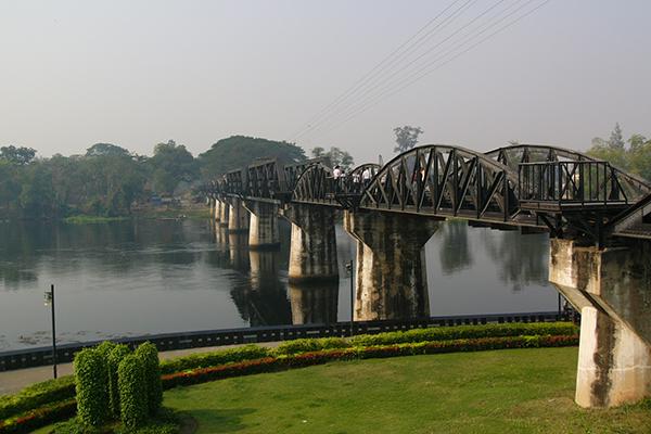 160911otsukaクワイ河鉄橋