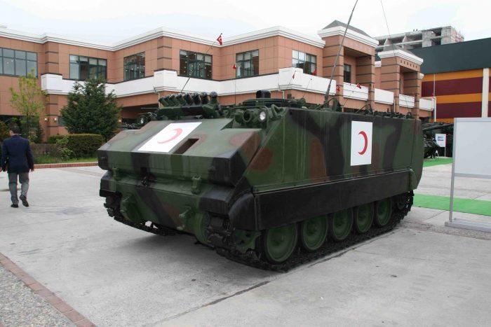 我が国からODAを受けているトルコ軍でも装甲野戦救急車を装備している。