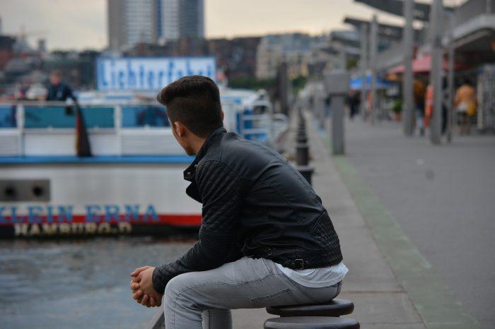 refugee-1555866_1280