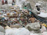 ゴミと大気汚染に苦しむインド