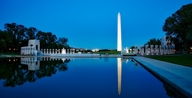 washington-monument-1628558_640