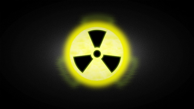 radioactive-2056863_640