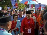 骨肉の師弟対決 見所満載マレーシア総選挙